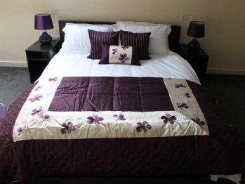 Toms Room upper level bedroom