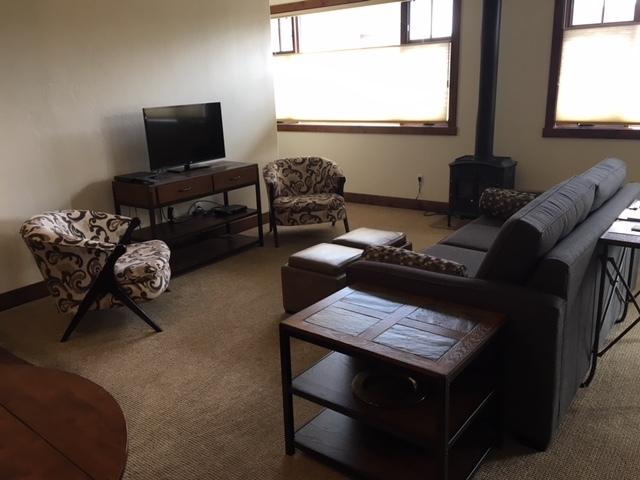 Condo-Ensuite-Luxury-Balcony-Suite 3 - Base Rate