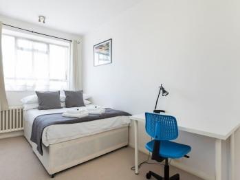 Apartment-Private Bathroom-Balcony