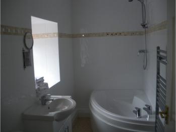 The Granary - Family Bathroom