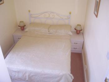 Double room-Economy-Ensuite - Base Rate