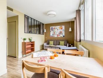 Chaleureux appartement supérieur avec verrière - Vue cour