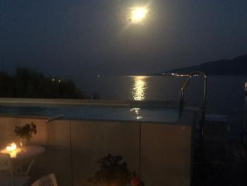 Ambiente piscina & Lounge by night