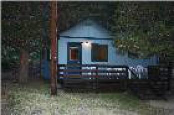 Cabin-Private Bathroom-Standard-Mountain View-Cabin 8