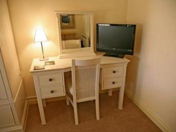Double room-Ensuite-(Main Building)