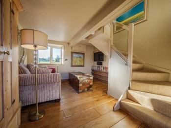 King-Cottage-Ensuite with Bath-Garden Room