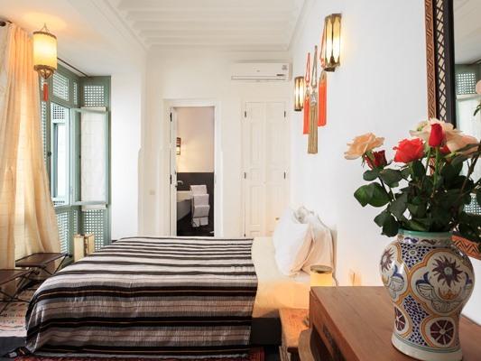 Suite Junior-de Luxe-Salle de bain Privée-Palmarosa