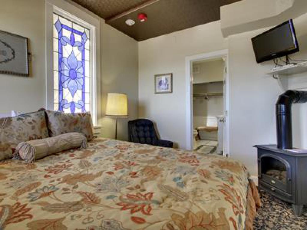Cleopatra Hill -Double room-Ensuite-Standard-Mountain View