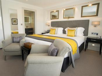 Tavistock House Hotel - Deluxe Superking Room