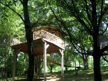 Cabane-Romantique-Salle de bain et douche-Vue sur la campagne-Dans les arbres
