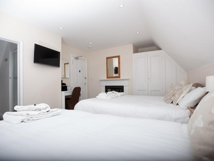 King-Economy-Ensuite with Shower-Street View-Brewery House Ely - Base Rate