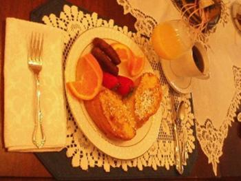 Strawberry Stuffed French Toast-just one of the gourmet breakfasts served at Dreams of Yesteryear.