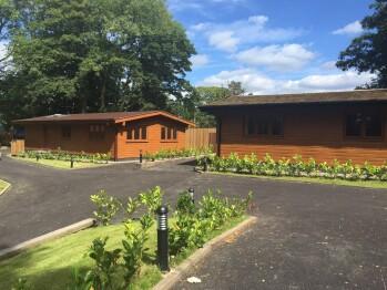 Lodge-Private Bathroom-Maple Lodge