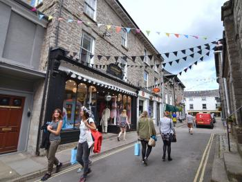 Hay-on-Wye - Independent Shops