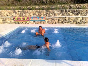 La Balnéo dans la piscine