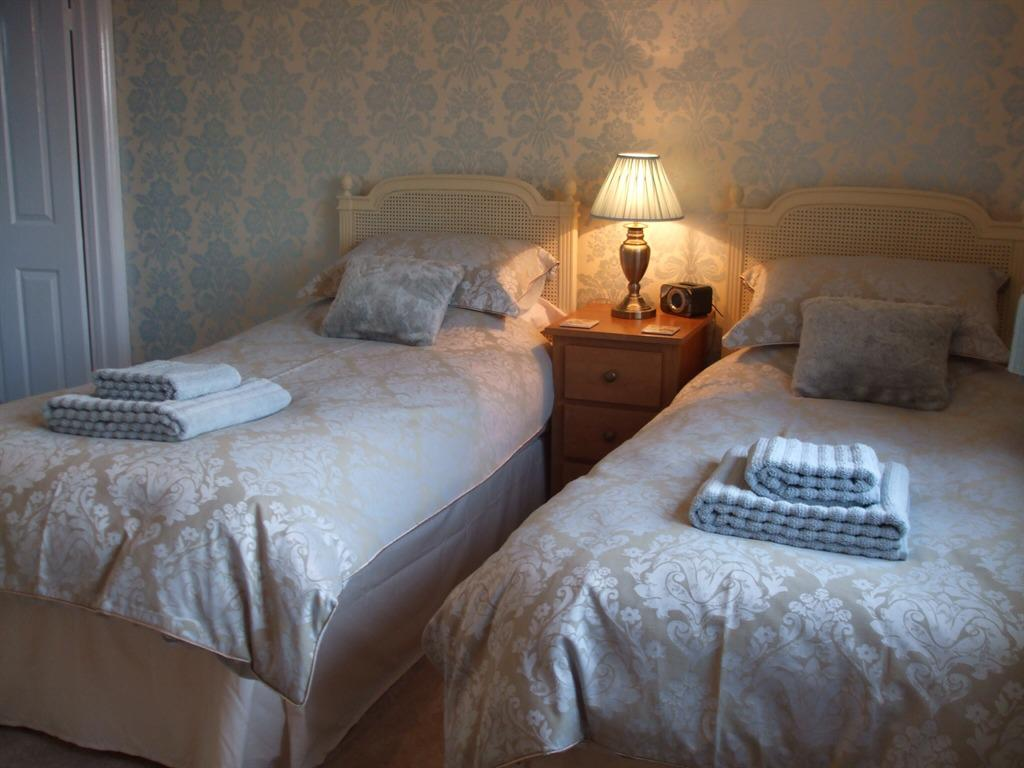 Twin Ensuite - Extra Long Beds