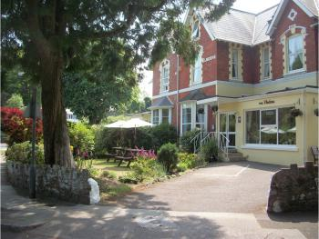 Elmdene Hotel - front of biulding
