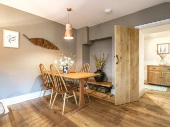 Luxury-Cottage-Ensuite with Shower-Garden View-Lower Beeches  - Luxury-Cottage-Ensuite with Shower-Garden View-Lower Beeches
