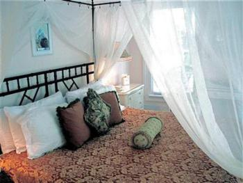 Treetop Two 111-Double room-Ensuite-Standard