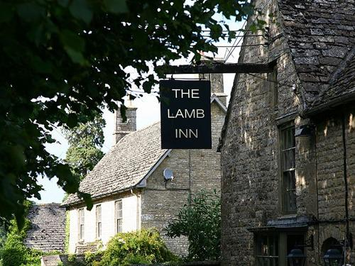 Lamb Inn Sign