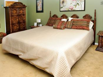 The Gardenview room with King sized bed & private ensuite bathroom