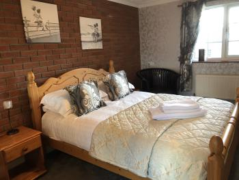 Double room-Ensuite-Garden View-Dog Friendly