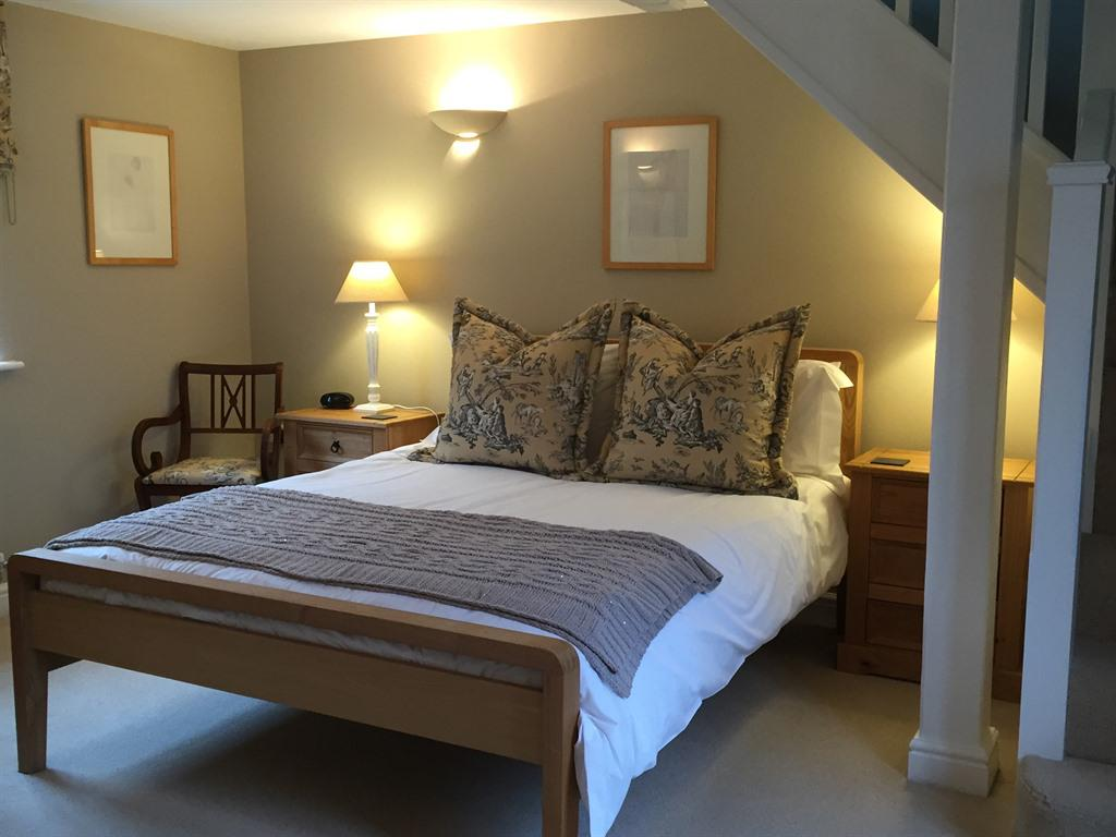 Suite-Superior-Ensuite-with Sitting Room - Base Rate