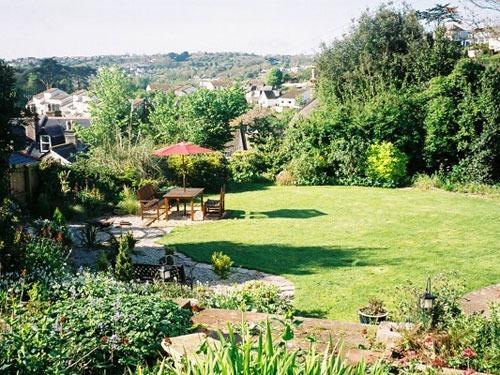 Amber House Garden