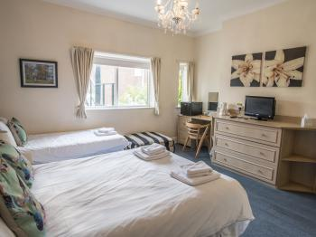 Family Ensuite - 3 Persons