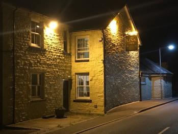 The Usk Inn -