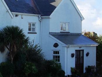 Limpert Bay Guest House - B&B Entrance