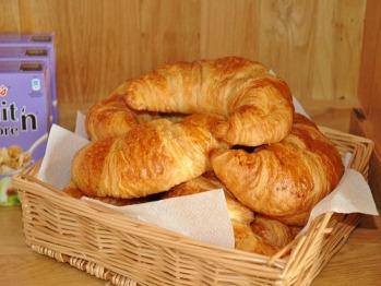 Croissant selection