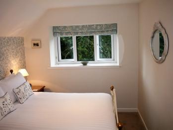 Single room-Premium-Ensuite with Shower