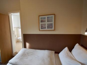 Einzelzimmer-Standard-Eigenes Badezimmer-Landseite