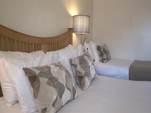 Family room-Ensuite-(2 Adults + 1 Child) - Base Rate