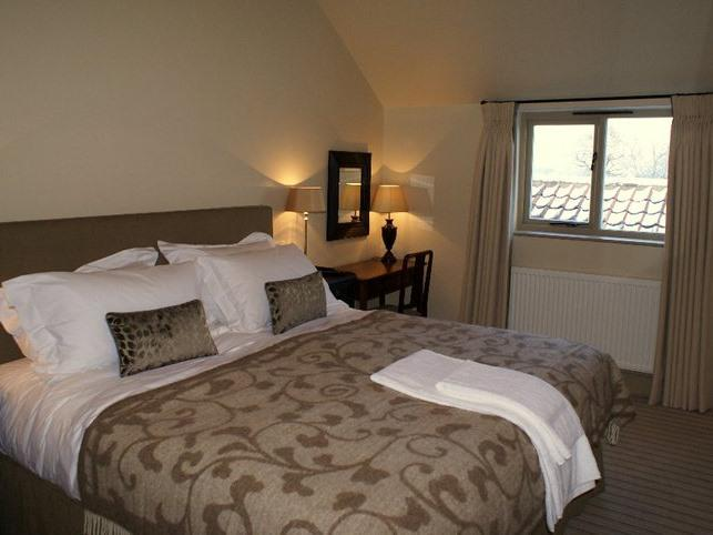 Double room-Luxury-Ensuite with Shower-Garden View