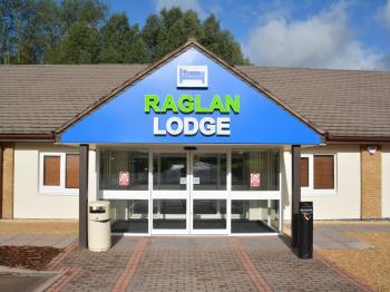 Raglan lodge -