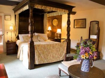 Double room-Ensuite-The Elizabethan Room