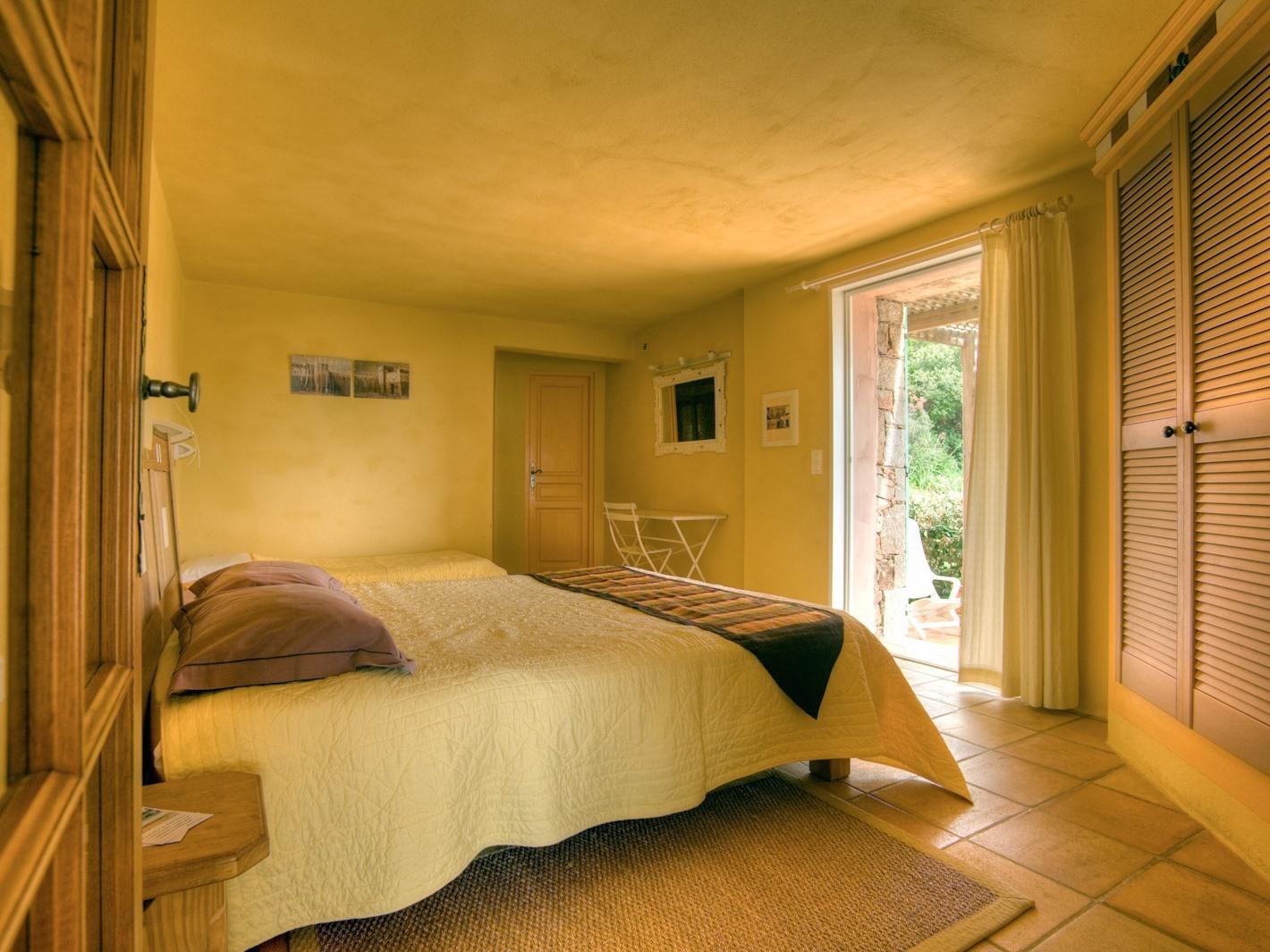 Chambre Double A/M vue jardin