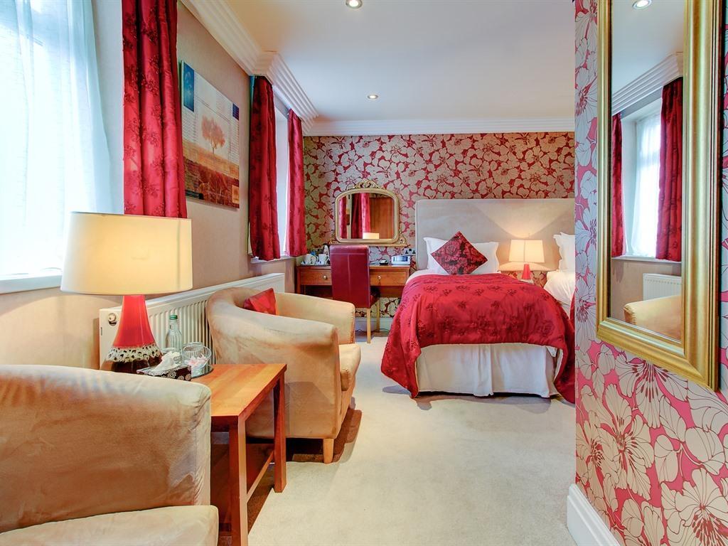 Double or Twin Room (En-Suite)