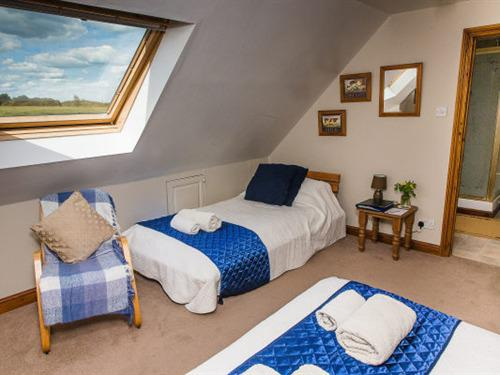 Double room-Ensuite with Shower-(Hayloft)