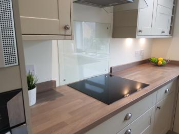 Apartment-Premium-Private Bathroom-Street View-Apartment 2