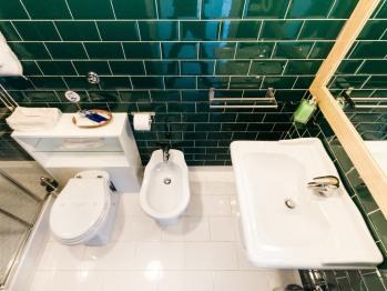 vista del bagno della stanza Verde