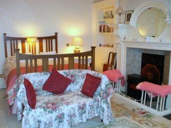 Principal Bedroom, Carlton Seamill