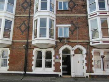 The Wilton Guest House - front door