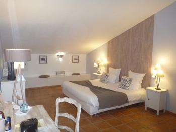 Chambre d'hôtes familiale-Salle de bain privée-Peralta