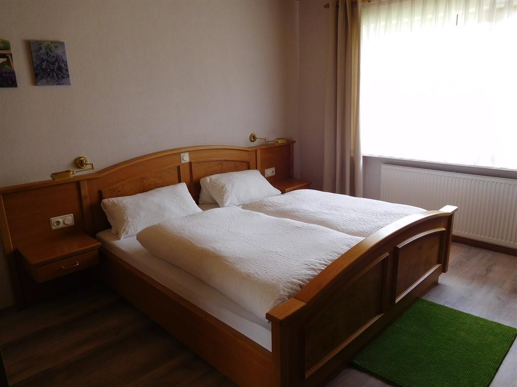 Doppelzimmer-Standard-Ensuite Dusche - Basistarif