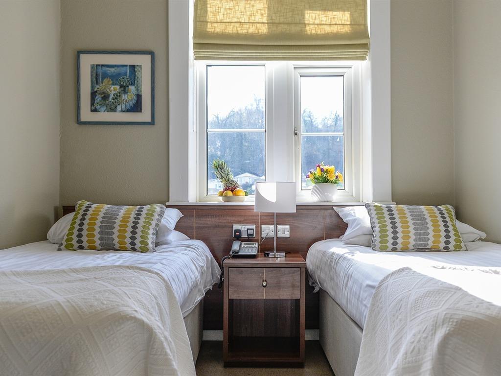 Twin room-Ensuite-Standard