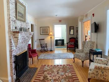 Main Inn Living Room