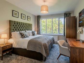 Apartment-Private Bathroom-Garden View-3 bedroom
